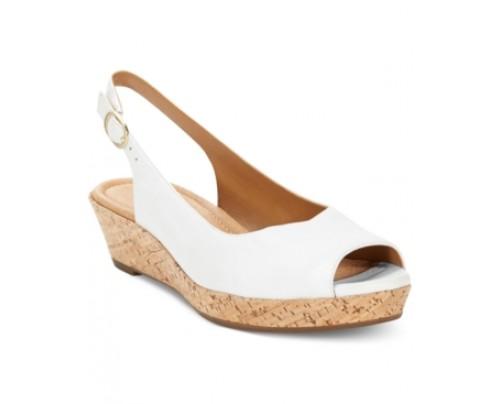 Clarks Artisan Women's Orlena Currant Platform Wedge Sandals Women's Shoes
