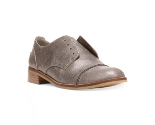 Fergalicious Ollie Laceless Oxfords Women's Shoes
