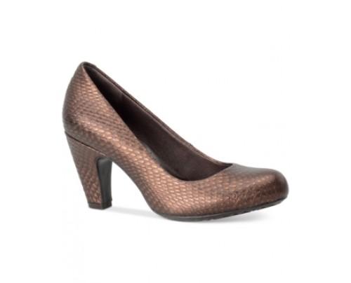 Born Sabrina Pumps Women's Shoes