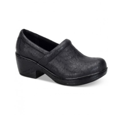b.o.c. Nadiyya Clogs Women's Shoes
